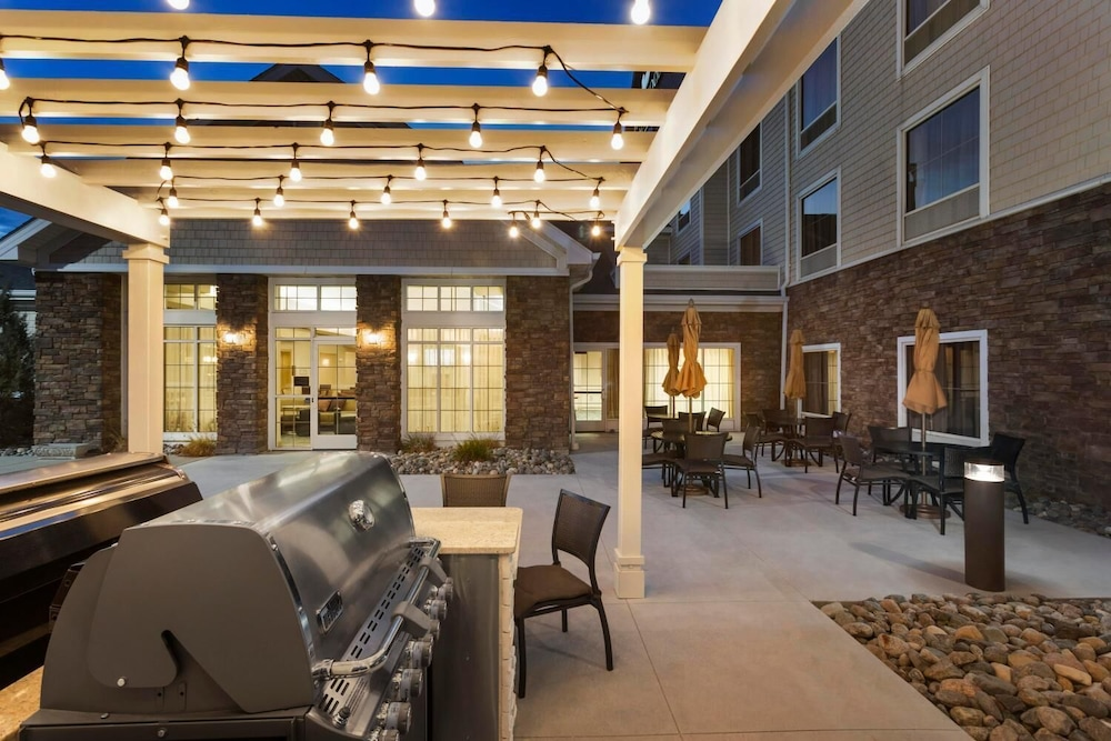 Restaurant, Homewood Suites by Hilton Fargo
