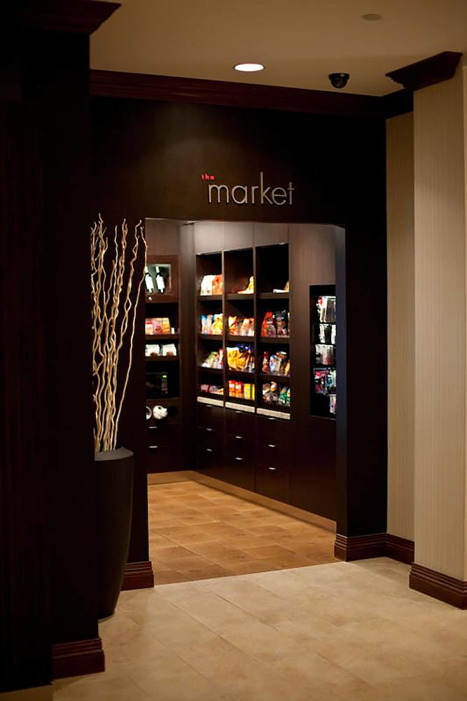 Gift Shop, Residence Inn by Marriott Austin Downtown/Convention Center