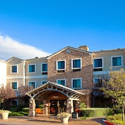 Staybridge Suites Lake Forest