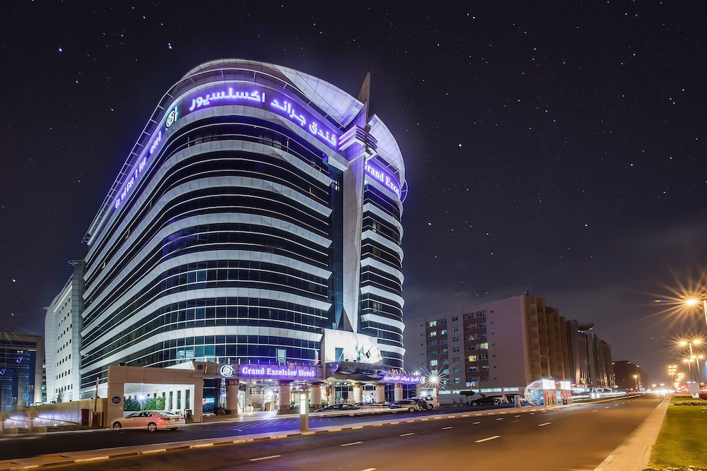 Front of Property - Evening/Night, Grand Excelsior Hotel Bur Dubai