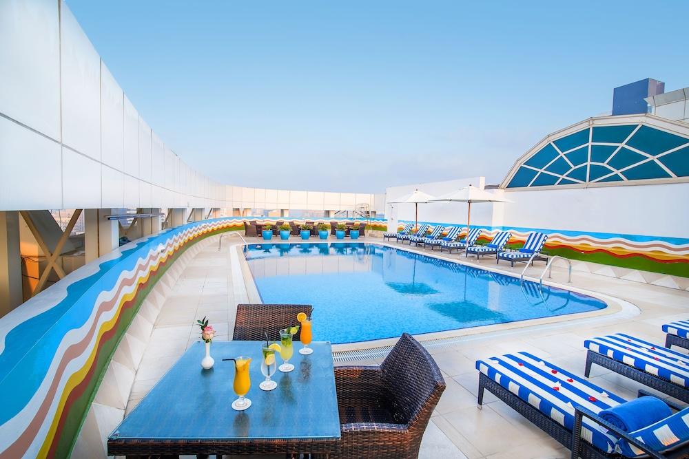Grand Excelsior Hotel Dubai Reviews