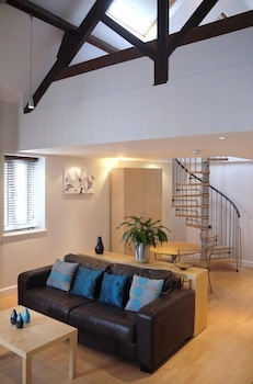 Shaftesbury House - Our City Apartments