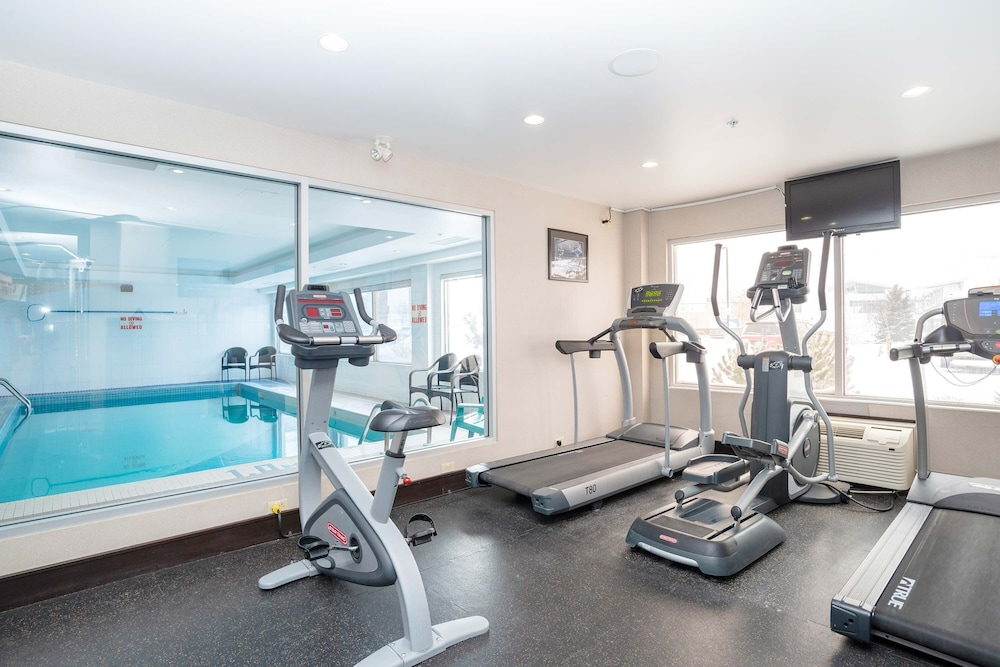 Fitness Facility, Sandman Hotels & Suites Calgary West