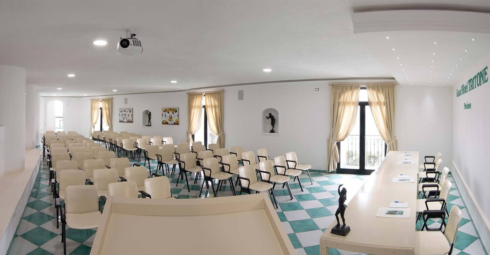 Meeting Facility, Grand Hotel Tritone