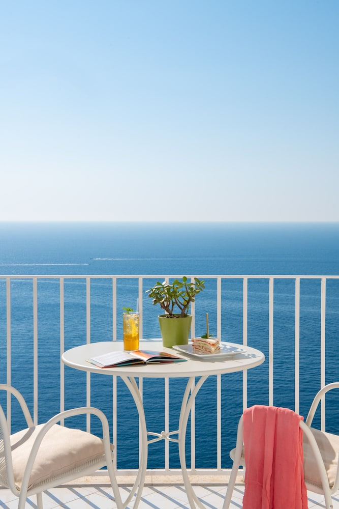 Balcony View, Grand Hotel Tritone