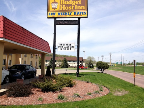 Great Place to stay Budget Host Inn near Mankato