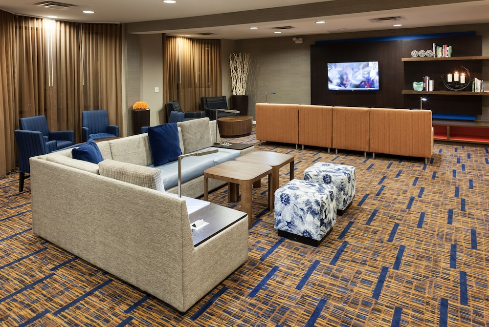 Lobby Sitting Area, Courtyard by Marriott Brownsville