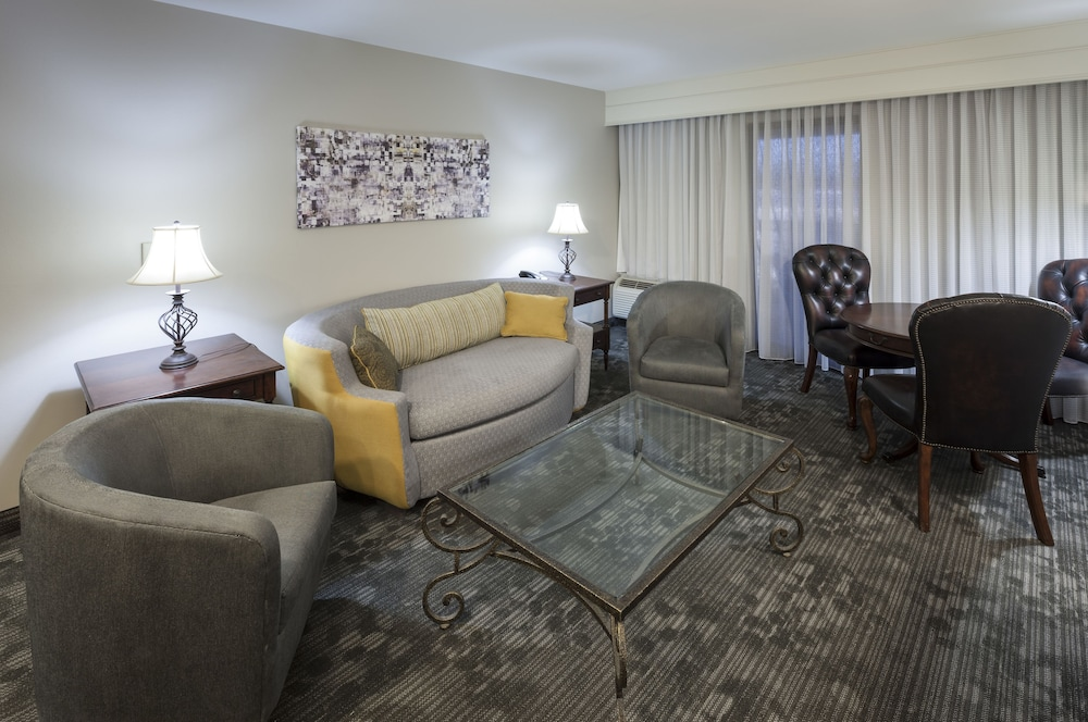 Living Area, Courtyard by Marriott Brownsville