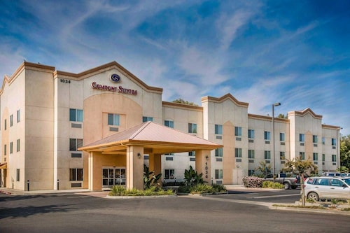Great Place to stay Comfort Suites Marysville near Marysville