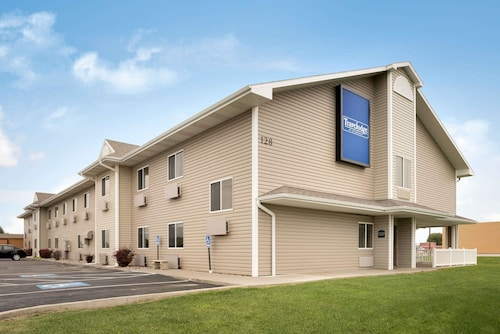 Great Place to stay Travelodge by Wyndham Missouri Valley near Missouri Valley