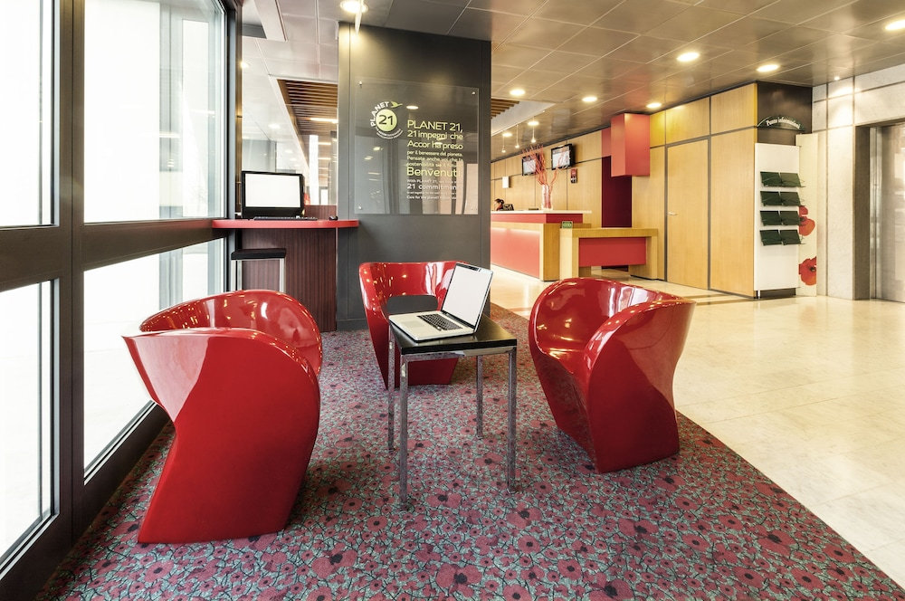 Ibis roma fiera deals reviews rome italy wotif for Roma business center