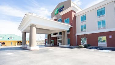 Holiday Inn Express & Suites Lenoir Cty, an IHG Hotel