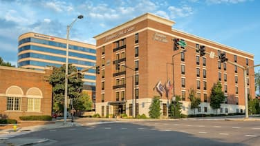 Hampton Inn & Suites Knoxville Downtown