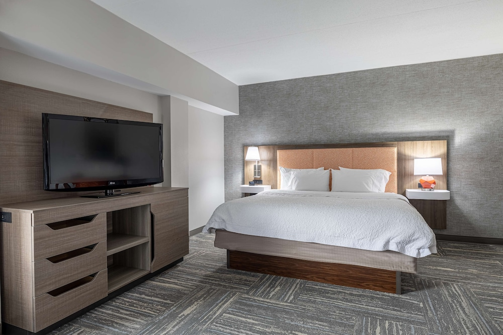 Room, Hampton Inn & Suites Knoxville Downtown