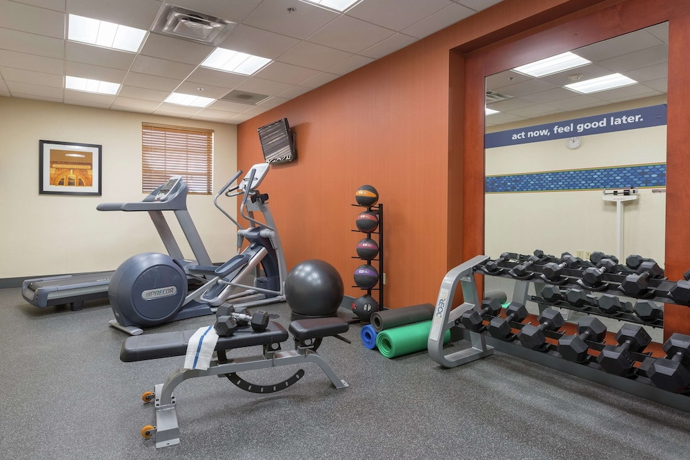 Fitness Facility, Hampton Inn & Suites Knoxville Downtown