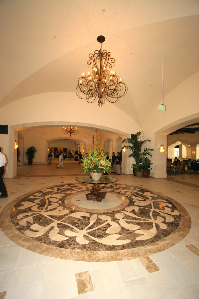 Interior Entrance, Rosen Shingle Creek