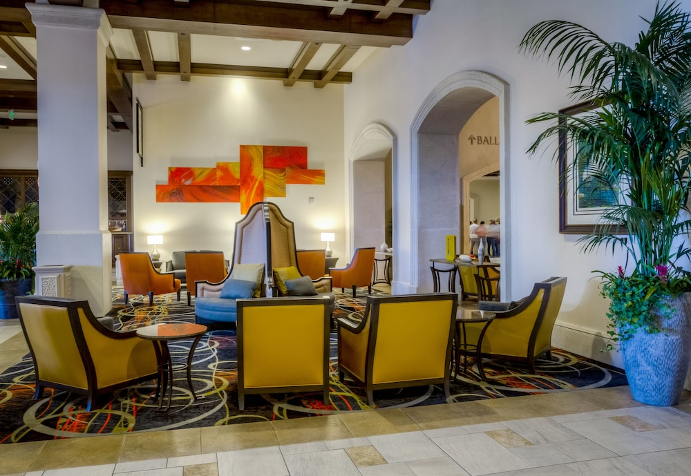 Lobby Sitting Area, Rosen Shingle Creek