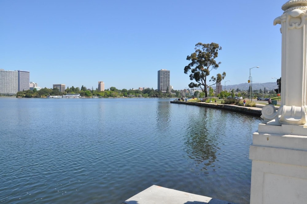 Lake, Americas Best Value Inn Oakland Lake Merritt