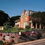 Greystone Manor Inn B&B