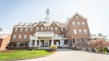 The Delafield Hotel - Delafield Hotels