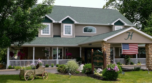 Great Place to stay Hearthstone Inn & Suites near Cedarville