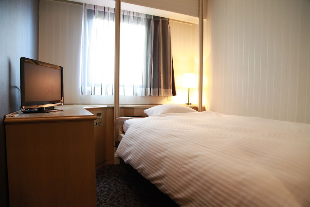 gr hotel notes Search the world's information, including webpages, images, videos and more google has many special features to help you find exactly what you're looking for.