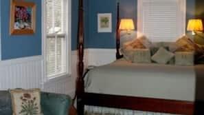 Premium bedding, individually decorated, free WiFi