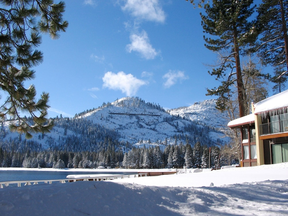 Featured Image, Donner Lake Village