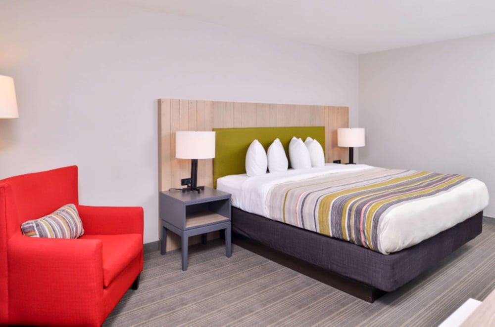 Room, Country Inn & Suites by Radisson, Green Bay East, WI