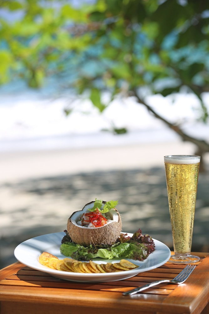 Food and Drink, Arenas del Mar Beachfront & Rainforest Resort