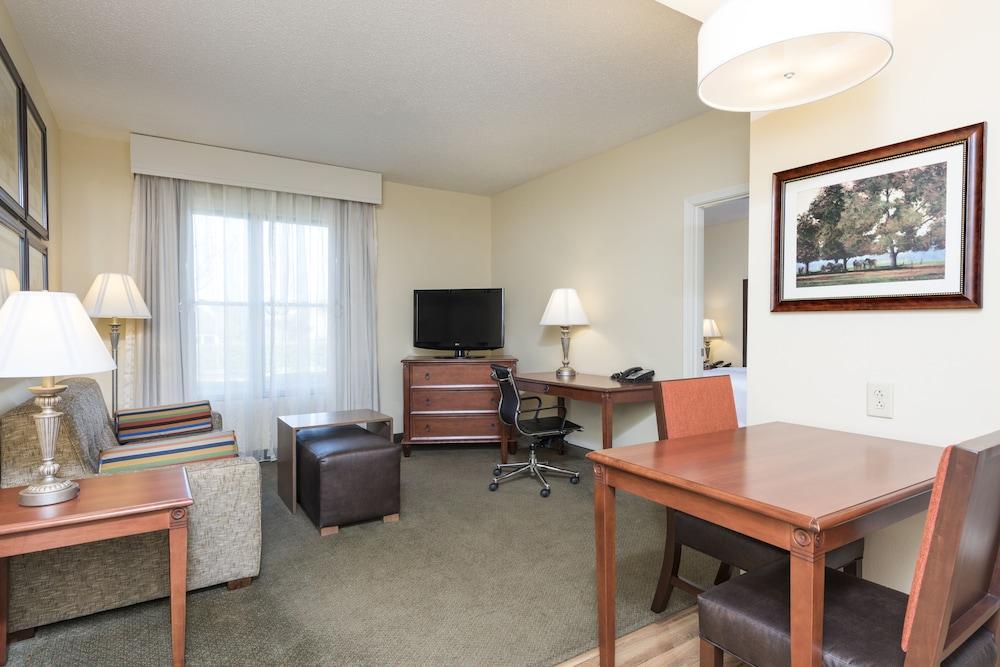 Homewood suites lexington hamburg lexington usa ebookers for Suite hotel hamburg