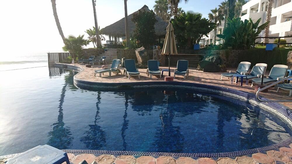 las rocas resort and spa in tijuana hotel rates. Black Bedroom Furniture Sets. Home Design Ideas