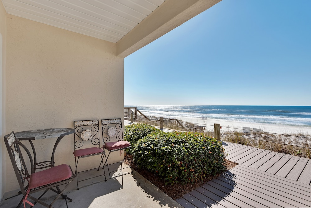 Terrace/Patio, Crystal Sands Condominiums