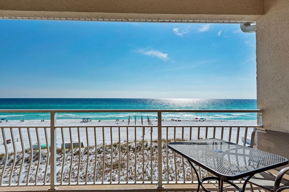 Balcony, Crystal Sands Condominiums