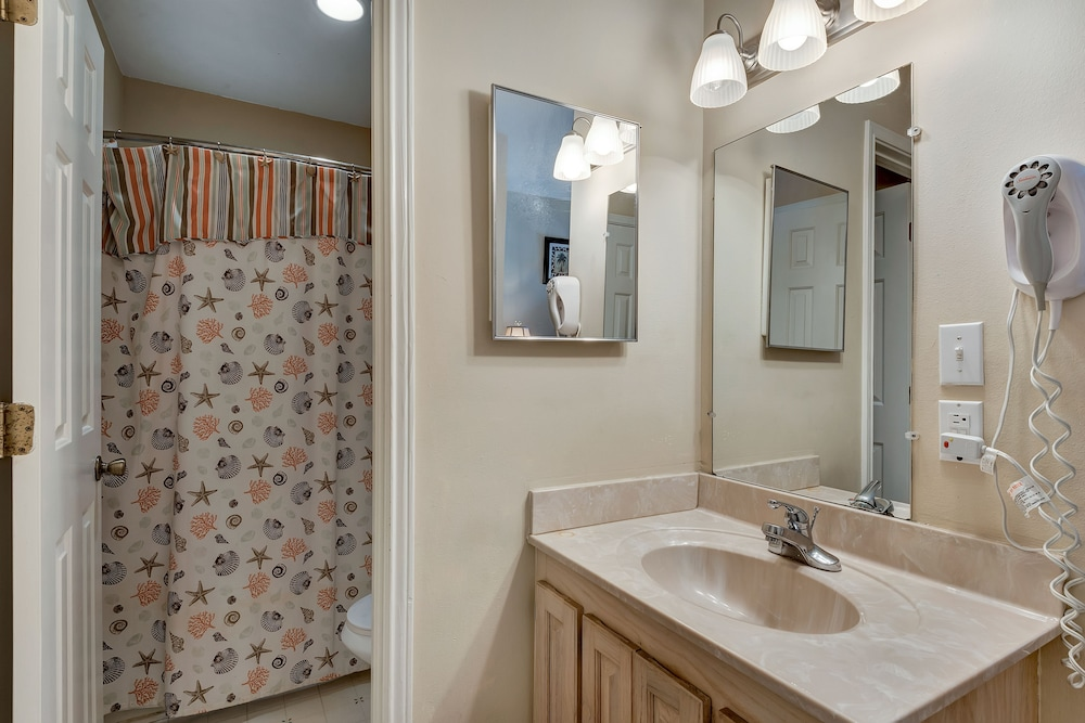 Bathroom, Crystal Sands Condominiums