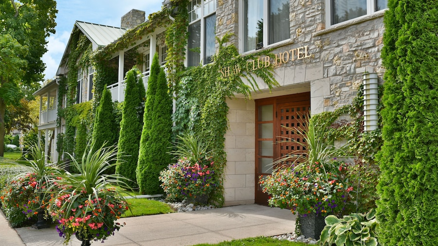 The Shaw Club Hotel