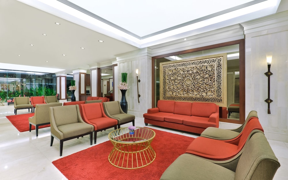 Lobby Sitting Area, Centre Point Pratunam