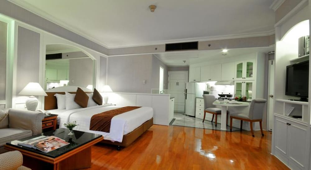 Room, Centre Point Pratunam