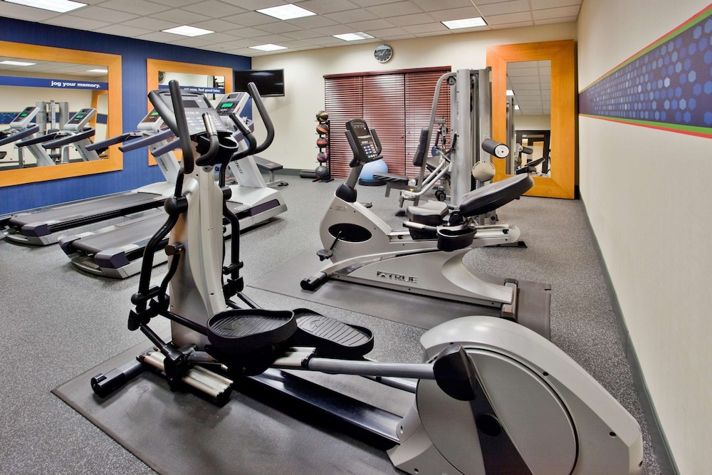 Fitness Facility, Hampton Inn & Suites Atlanta Six Flags