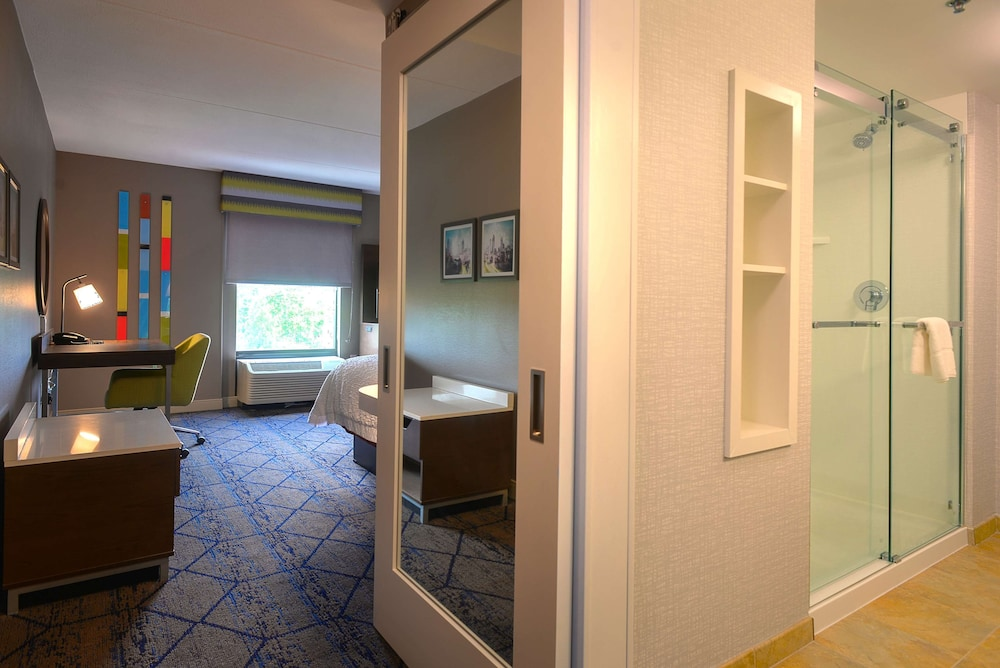 Room, Hampton Inn & Suites Atlanta Six Flags
