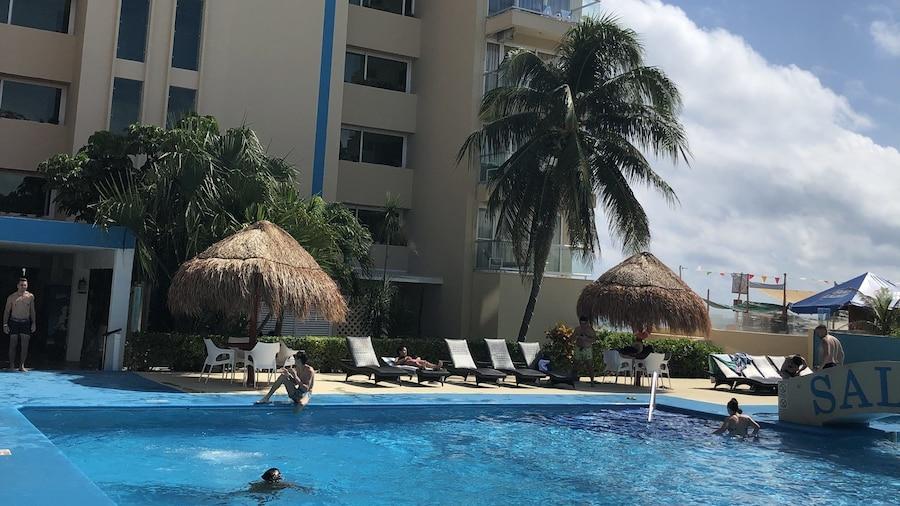 Salvia Cancun Aparts