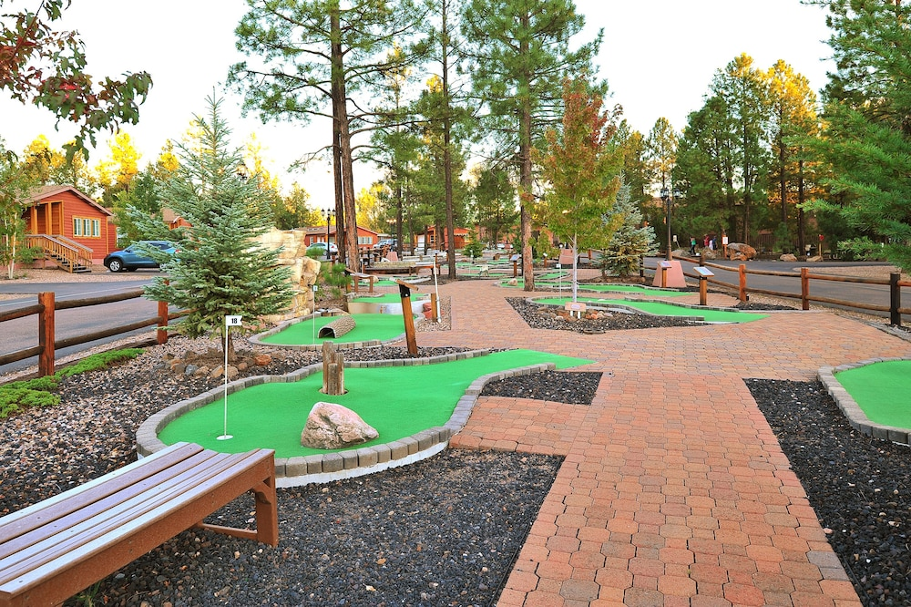 Mini-Golf, Pvc at The Roundhouse Resort by Diamond Resorts