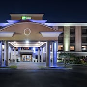 Holiday Inn Express Bartow
