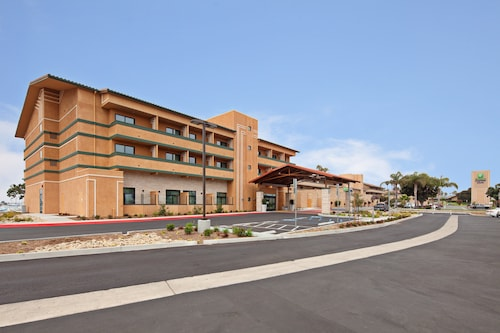 Holiday Inn Express Hotel & Suites Ventura, an IHG Hotel