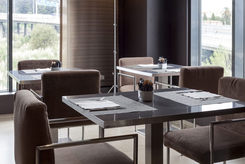 Restaurant, AC Hotel Porto by Marriott