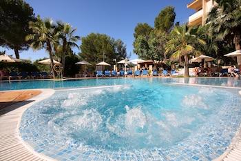 Valentín Paguera Hotel & Suite