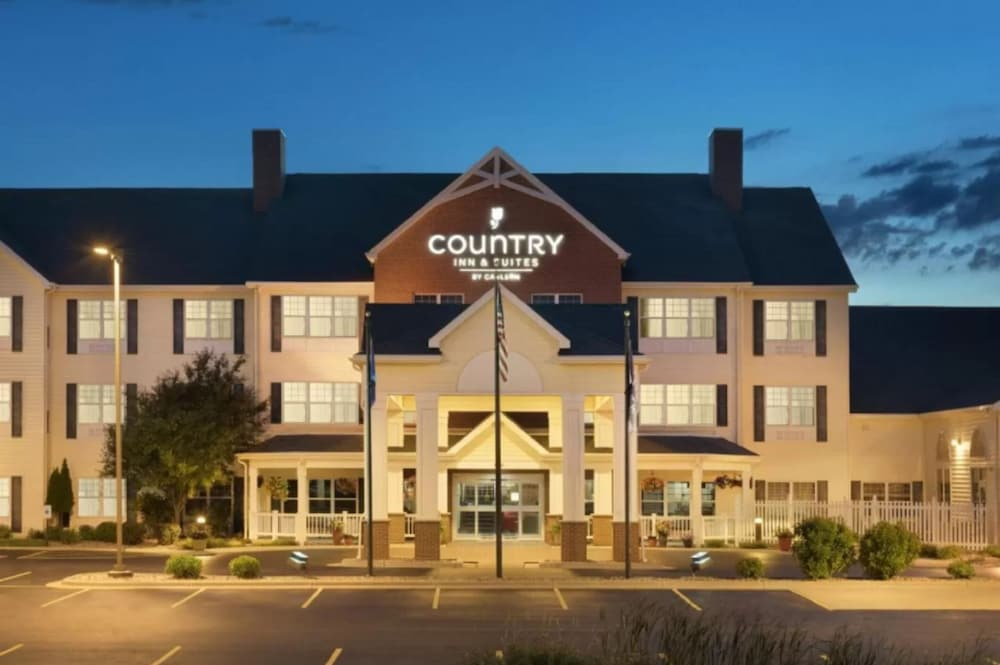 Exterior, Country Inn & Suites by Radisson, Appleton North, WI