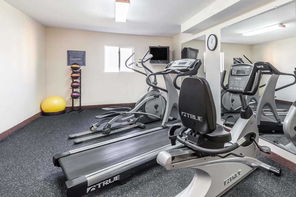 Fitness Facility, Days Inn by Wyndham Albany SUNY