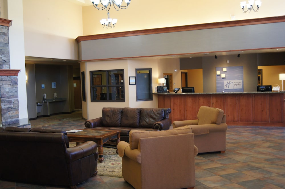 Reception, Holiday Inn Express & Suites Gunnison
