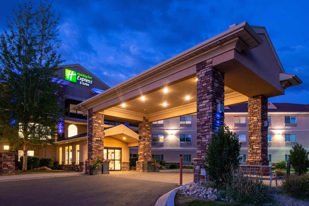 Exterior, Holiday Inn Express & Suites Gunnison